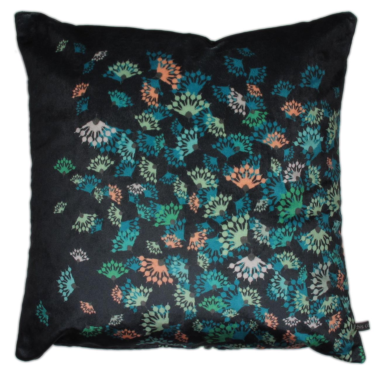 Kissenbezug Samt, Flying Flowers schwarz